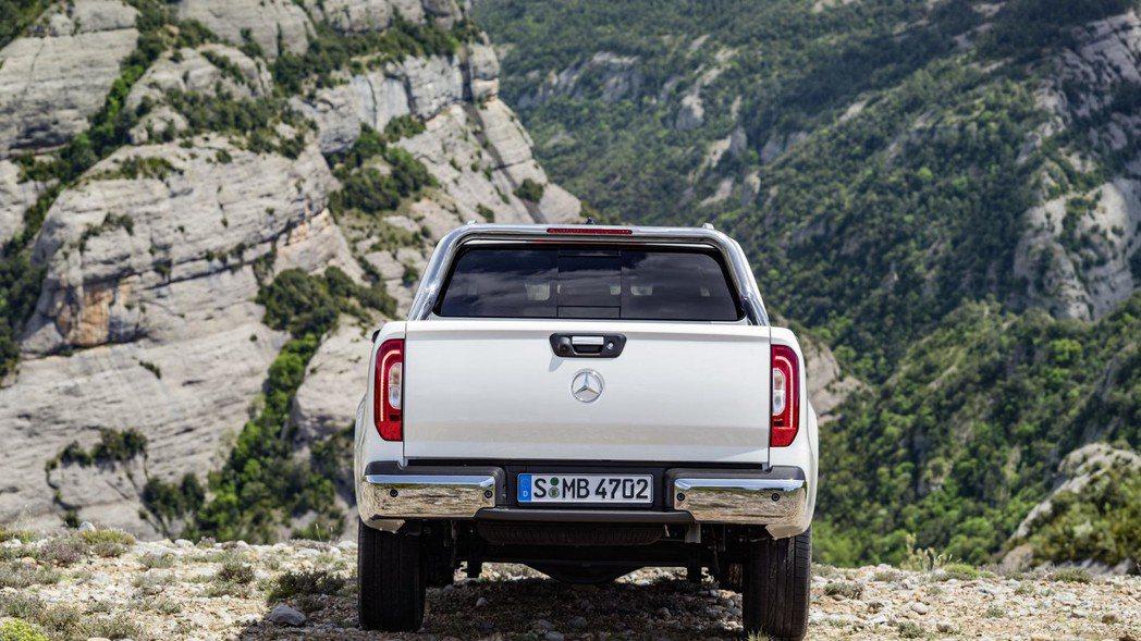 M.Benz未來也會推出X 350d車型,採3.0升V6柴油渦輪引擎,最大馬力為258hp。 圖片來源:M.Benz
