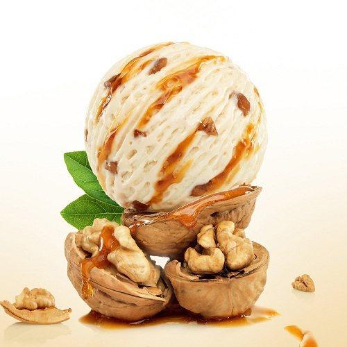 楓糖核桃口味的冰淇淋甜蜜中帶有楓糖香氣,即日起至7月31日為止,莫凡彼冰淇淋50...