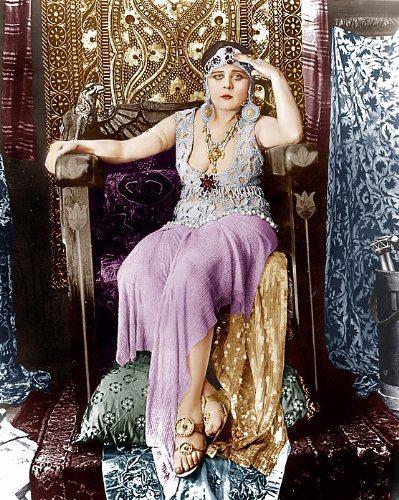 克麗歐佩特拉是希達芭拉最經典的角色,今日全片卻已失傳。圖/摘自imdb
