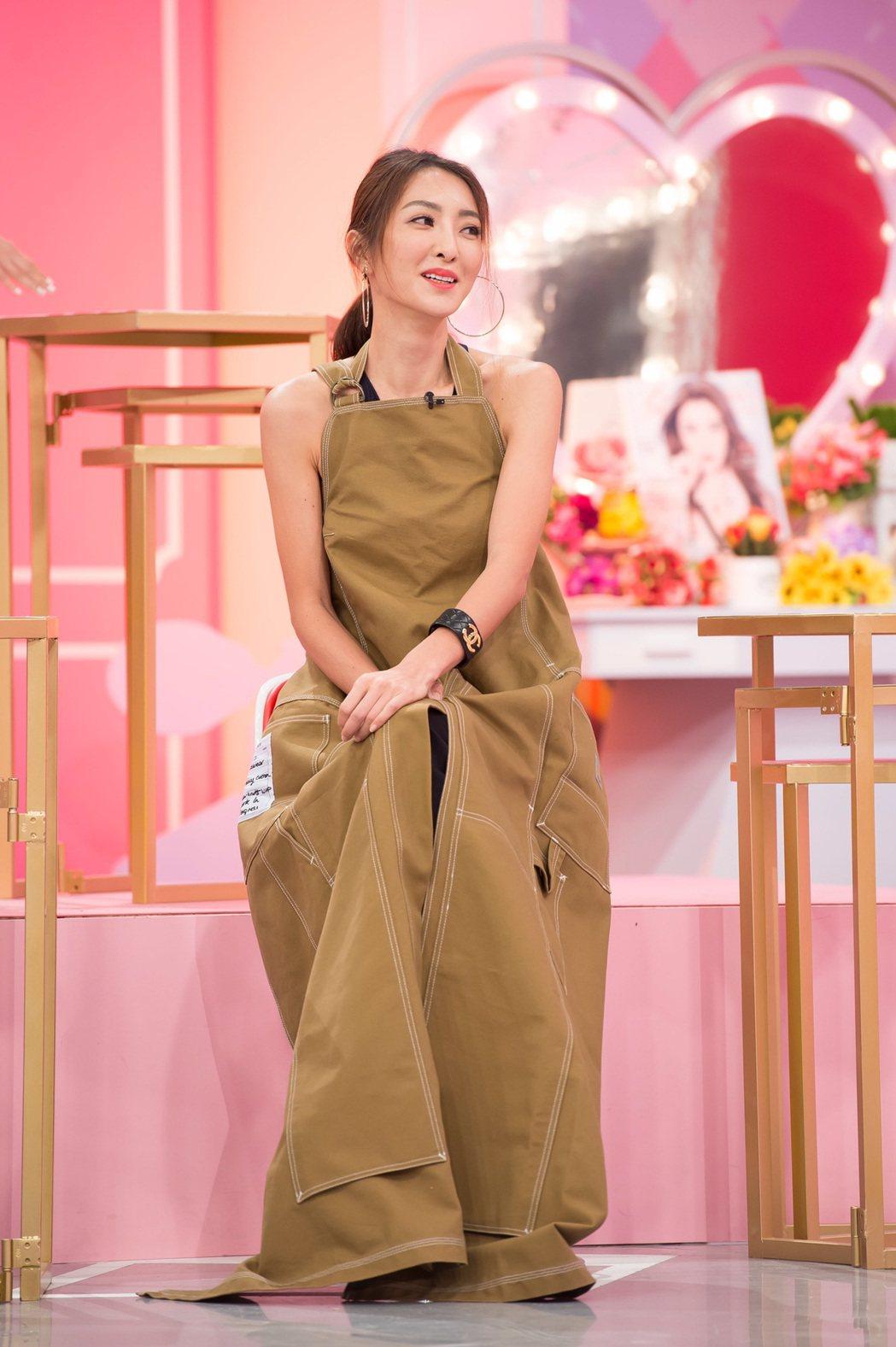 吳速玲現在常上「女人我最大」談造型和穿搭。圖/TVBS提供