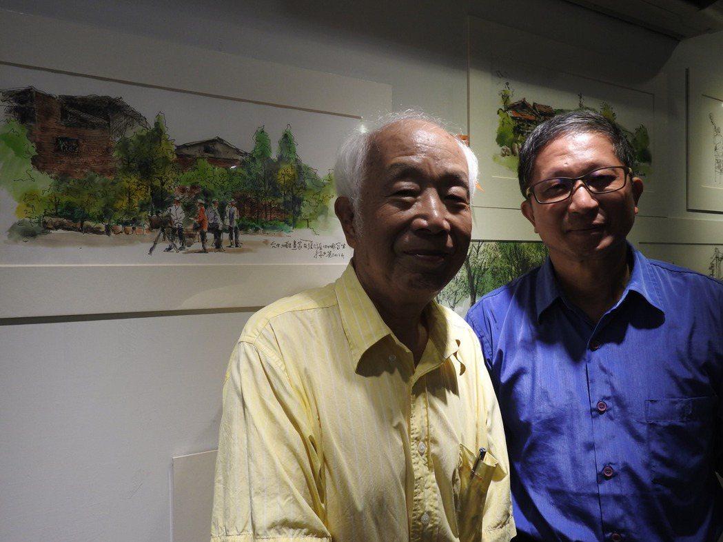 國寶級畫家孫少英(左)捐出近3年百幅畫作義賣,新故鄉董事長廖嘉展(右)出資認購。...