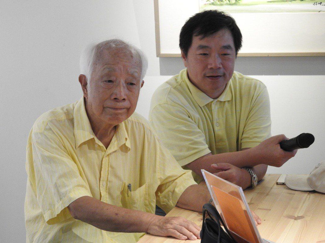 國寶級畫家孫少英(左)和導演吳明達(右)今為紀錄片募款籌拍會站台。記者賴香珊/攝...