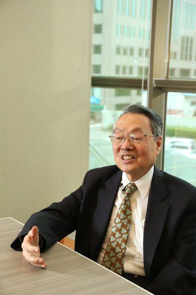 宏碁集團創辦人施振榮退而不休,最近他為所創立的智榮基金會奔走,邀約跨領域的指標企...