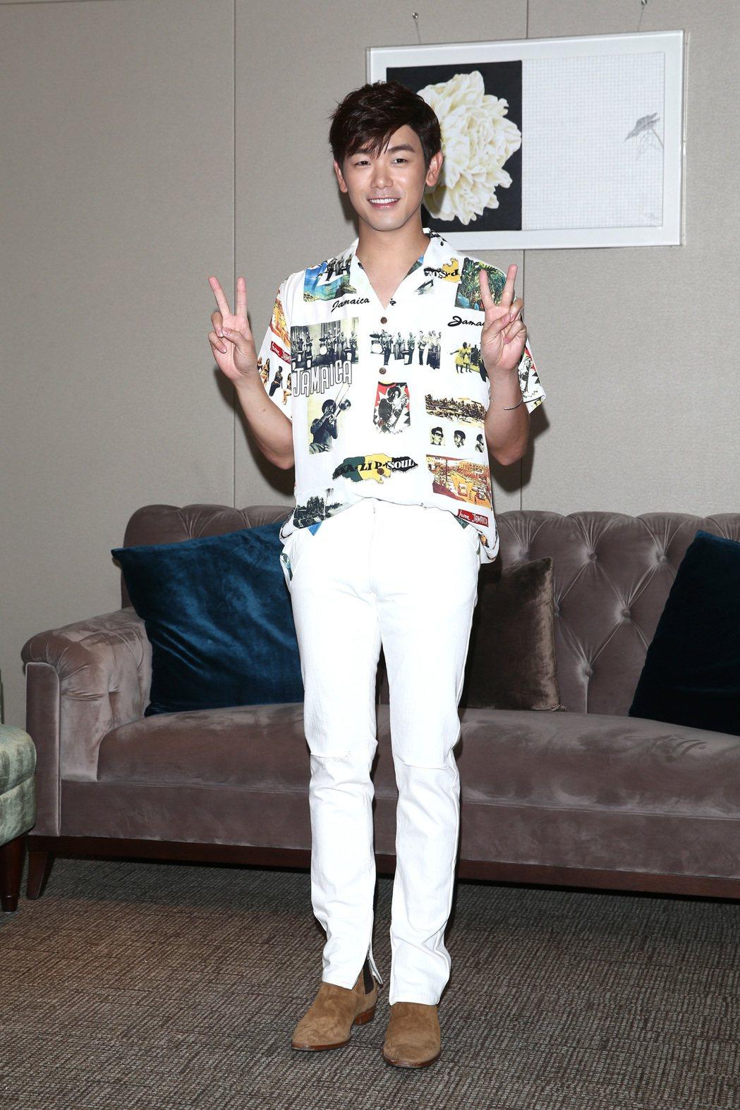 韓星男歌手Eric nam本名南允道來台舉行演唱會,回憶3年前來台巧遇颱風,只能...