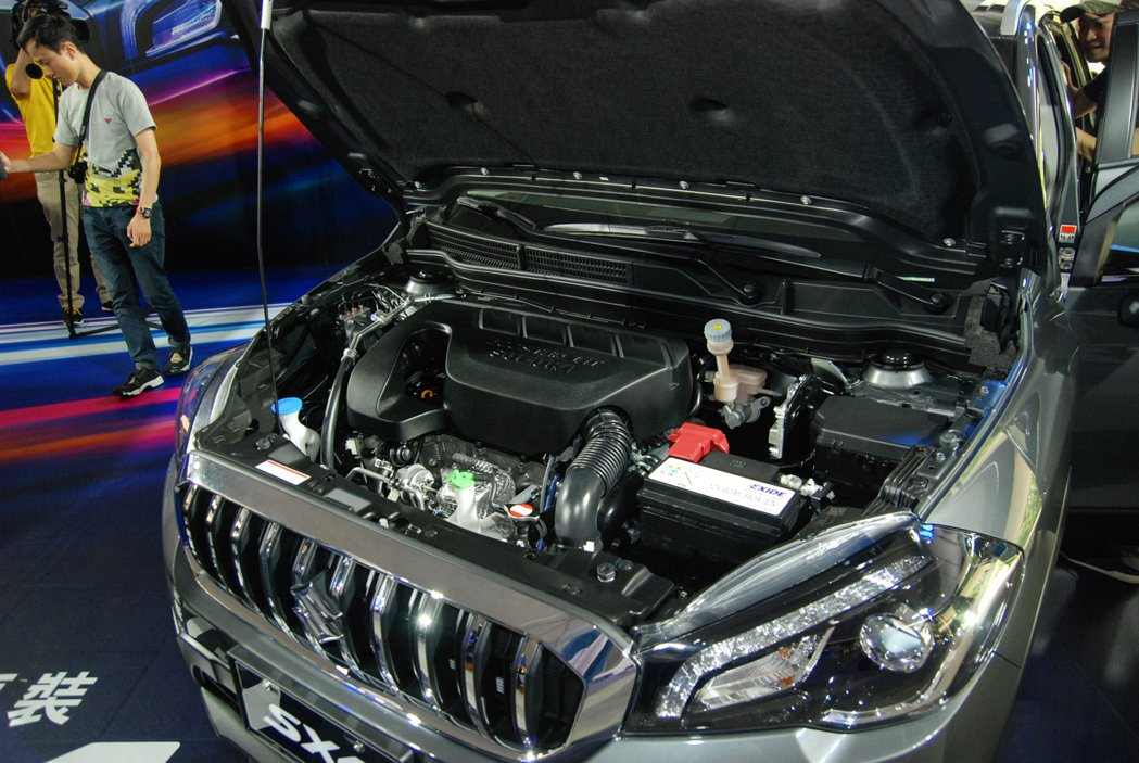 動力系統方面換上與 Vitara 相同的 1.4 升 BoosterJet 缸內...