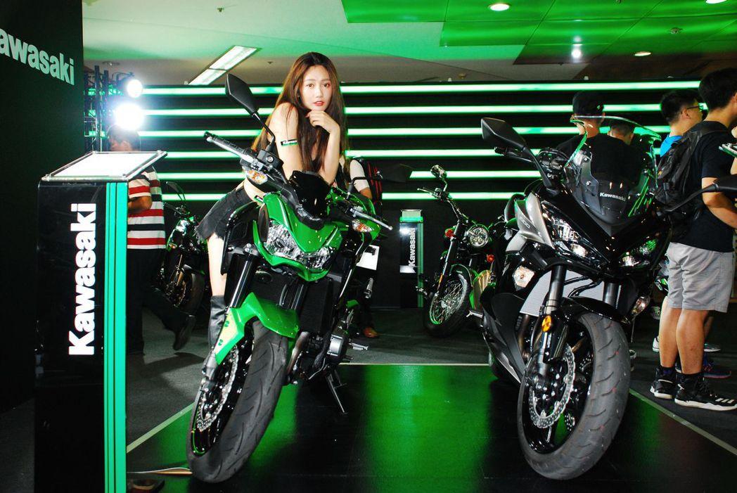 Kawasaki剛發表的新車。記者林昱丞/攝影