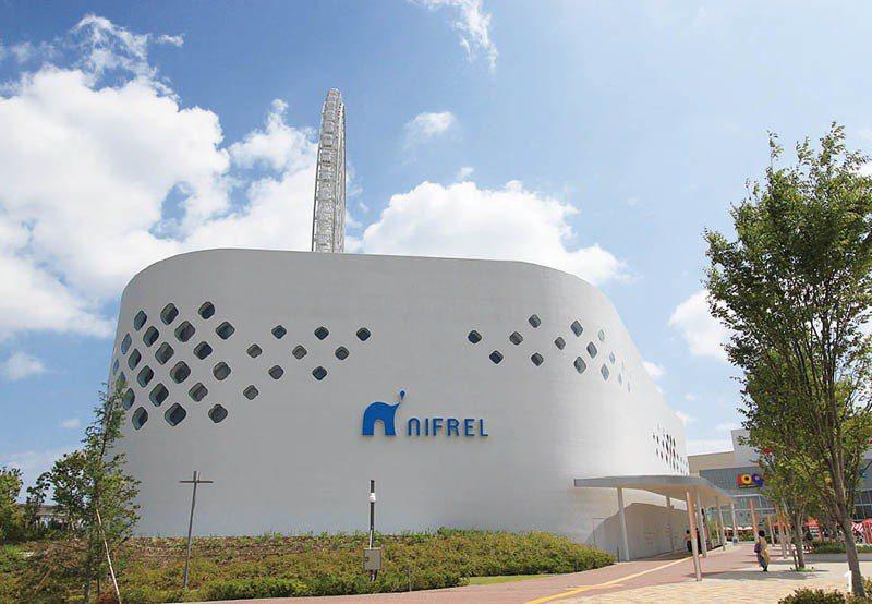 很有未來感的NIFREL 水族館