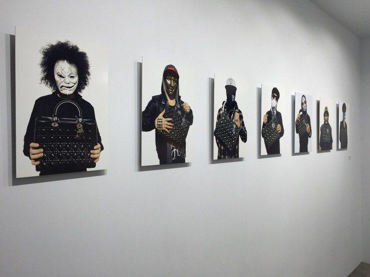喬納斯阿克倫德運用樂團的正直和創意打造攝影作品。圖/記者楊詩涵攝影