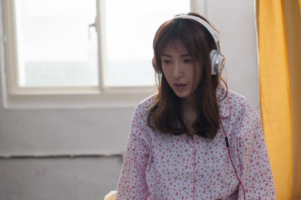 楊謹華演出微電影「不只夢一場」,飾演一名現代舞者,突失去跳舞能力。圖/創異提供