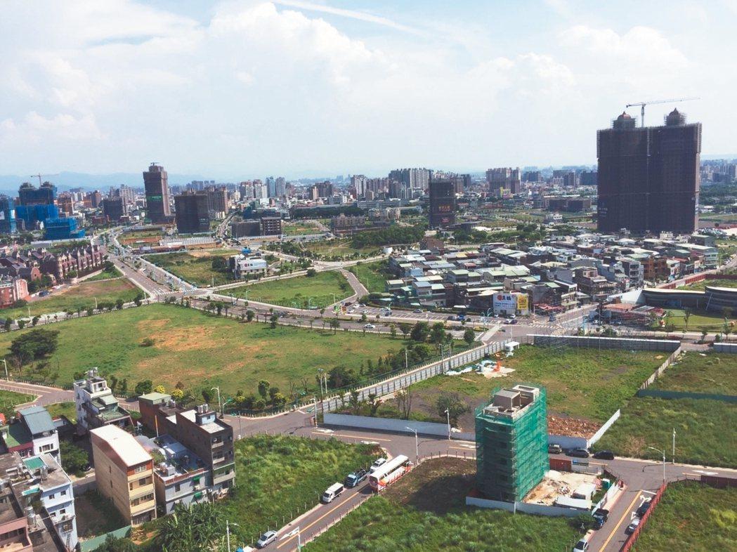 中路重畫區標脫率逾五成,今年來表現最佳的標售案。 台灣房屋/提供