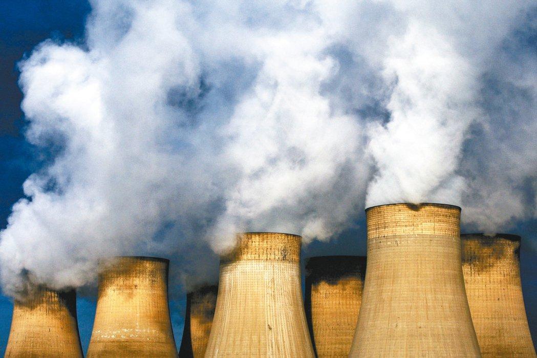 英國煤礦業急速衰頹,五年前燃煤供應的電力還占英國的40%,如今為2%。圖為英格蘭...