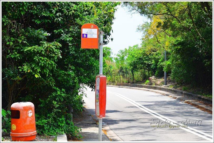 ↑新巴土地灣站,龍脊步道入口就在站旁。