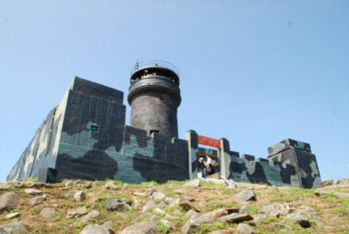 烏丘嶼燈塔今天復燈,將照亮台海。圖/報系資料照片