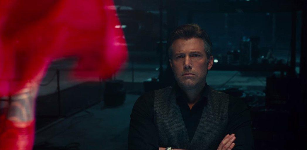 班艾佛列克反擊傳聞,表明會續演「蝙蝠俠」。圖/翻攝自Youtube