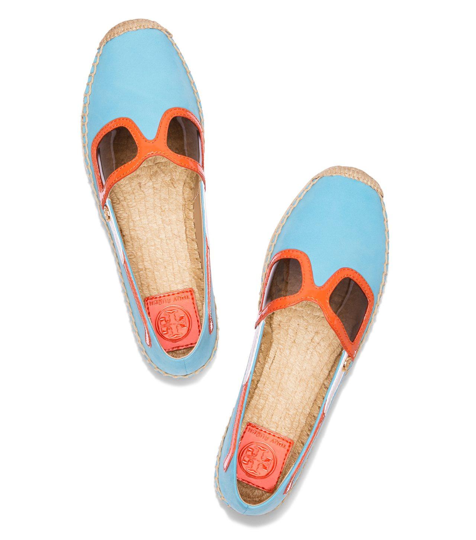 墨鏡造型草編鞋,9590元。