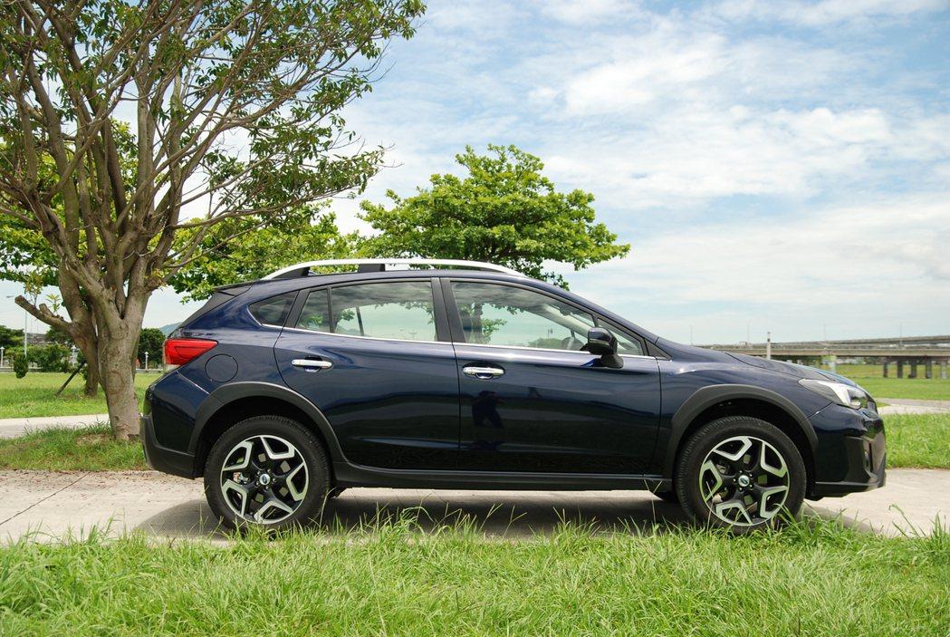 新一代 XV 車身尺碼為 4,465mm x 1,800mm x 1,615mm...