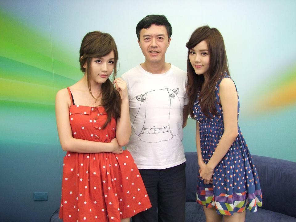 日前音樂人陳樂融還在臉書曝光「By2進化史」,秀出BY2從2008年到2013年...