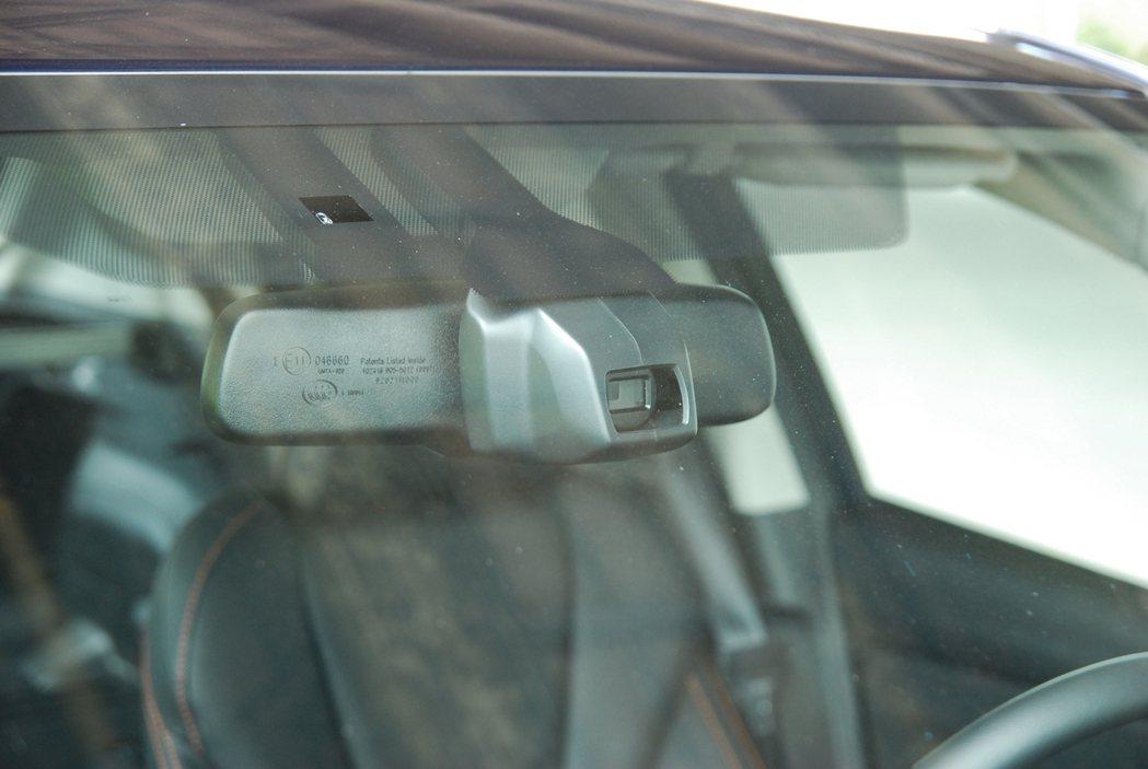 可惜此次改款並未導入外界期盼的 Eye-Sight 主動駕駛輔助系統,對許多車迷...