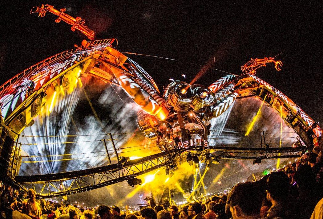 11月的Arcadia電子音樂節有請百大DJ人的高手來台。圖/Cosmos LI...