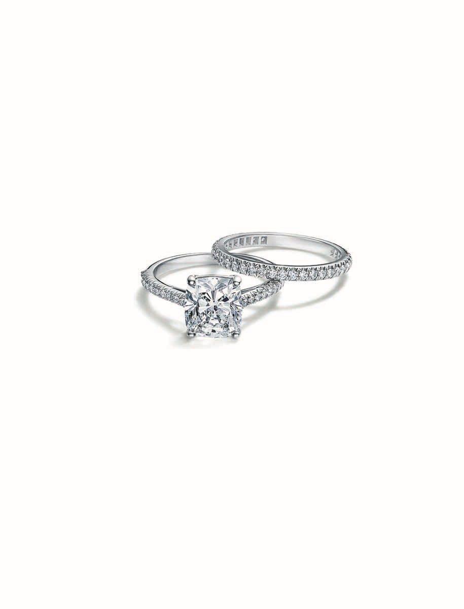 Tiffany Novo鉑金鑽石戒指及戒環,價格店洽。圖/Tiffany提供