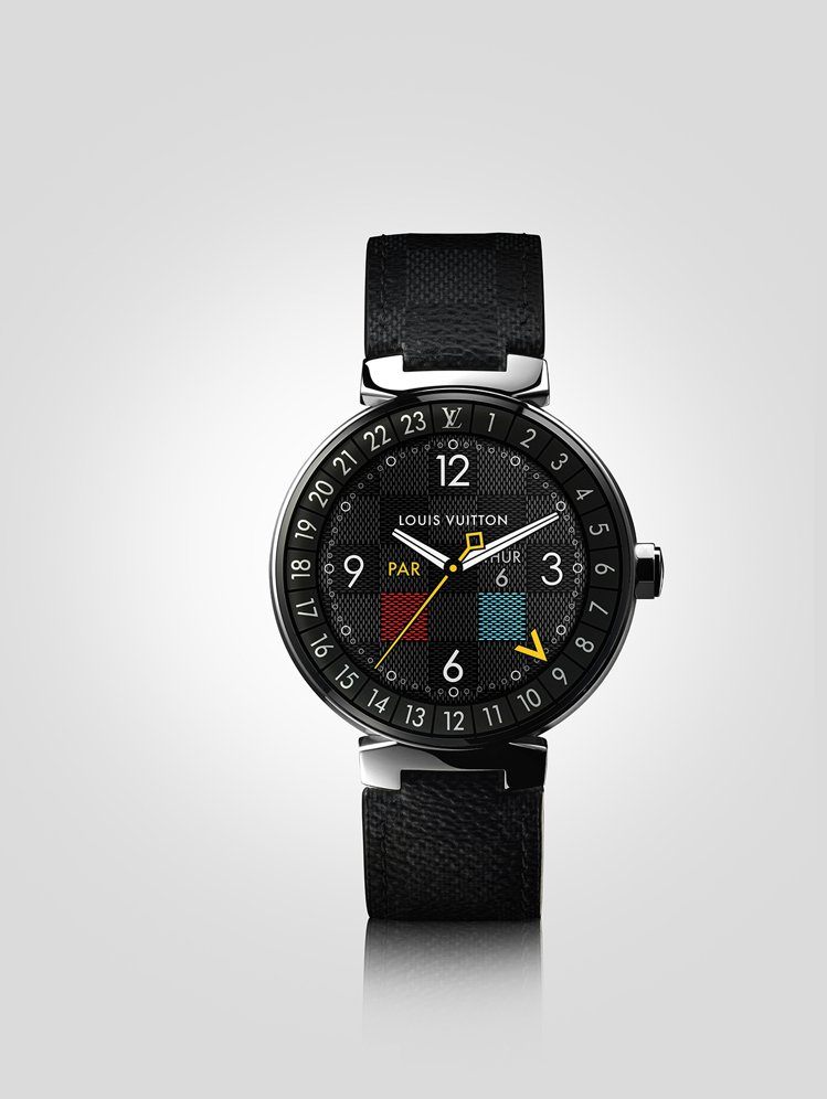 路易威登Tambour Horizon智能錶Graphite款,約81,000元...
