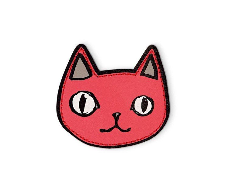 驕傲自在的貓咪徽章。圖/Longchamp提供