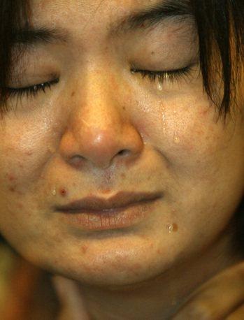 2007年,在記者會上泣訴在台遭遇的陳氏娥。 圖/聯合報系資料圖庫