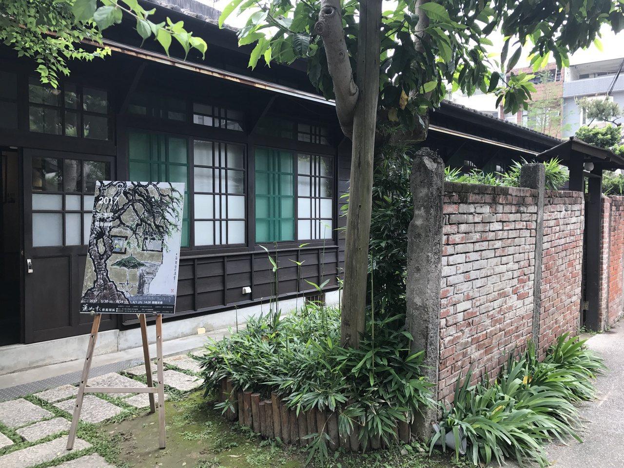 蕭如松藝術園區有5座日式建築,經常成為藝術家展覽場所,也吸引不少攝影愛好者前往取...