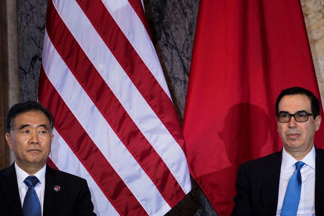 7月19日,美中首輪經濟對話以驚人的僵局落幕,雙方不但沒有聯合聲明,還在會議進行...