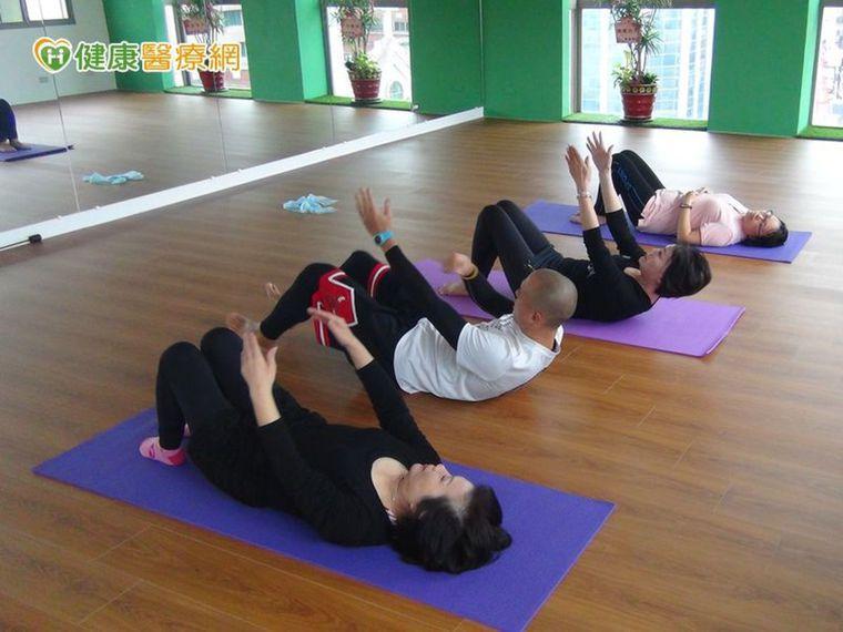有氧運動+平衡感+肌力訓練, 搭配做效果更顯著