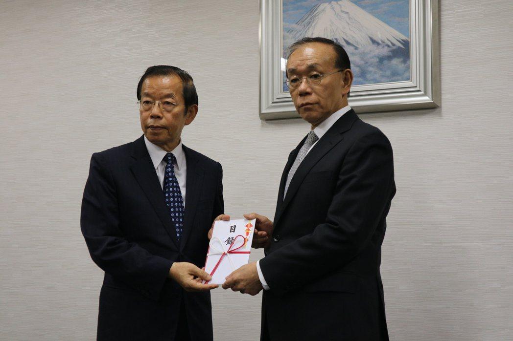 日本北九州大雨成災 謝長廷代表我政府捐200萬日圓慰問