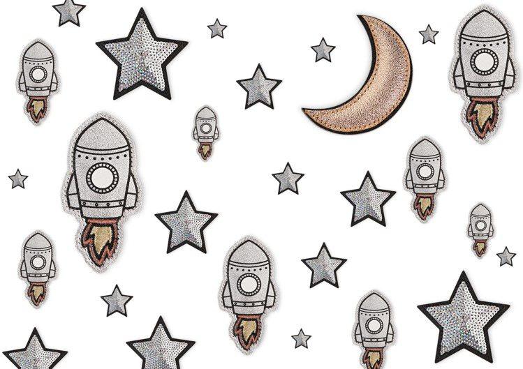 「太空漫遊」系列徽章。圖/Longchamp提供