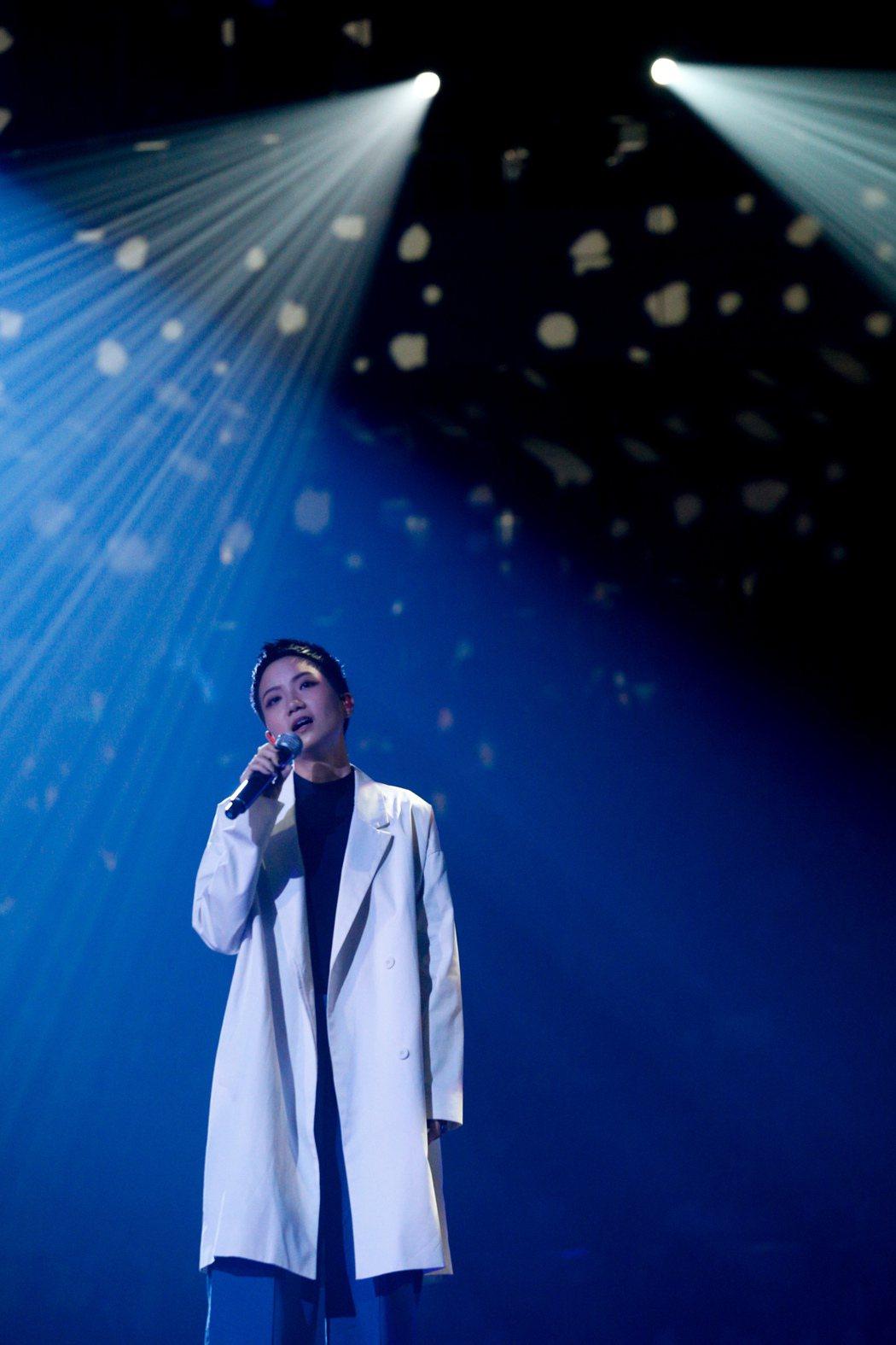 魏如萱今晚在台北小巨蛋舉辦「末路狂花」演唱會,香港女歌手盧凱彤(圖)驚喜現身擔任...