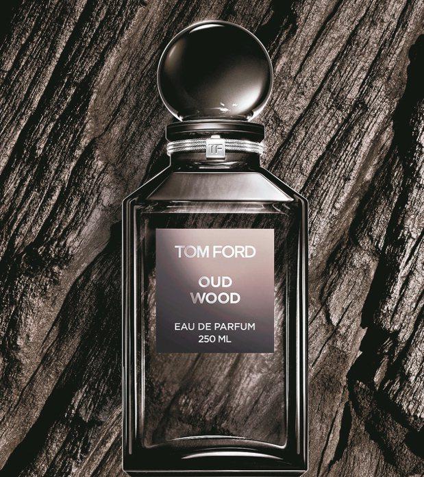 TOM FORD私人調香系列的OUD WOOD神祕東方,50ml售價8,800元...