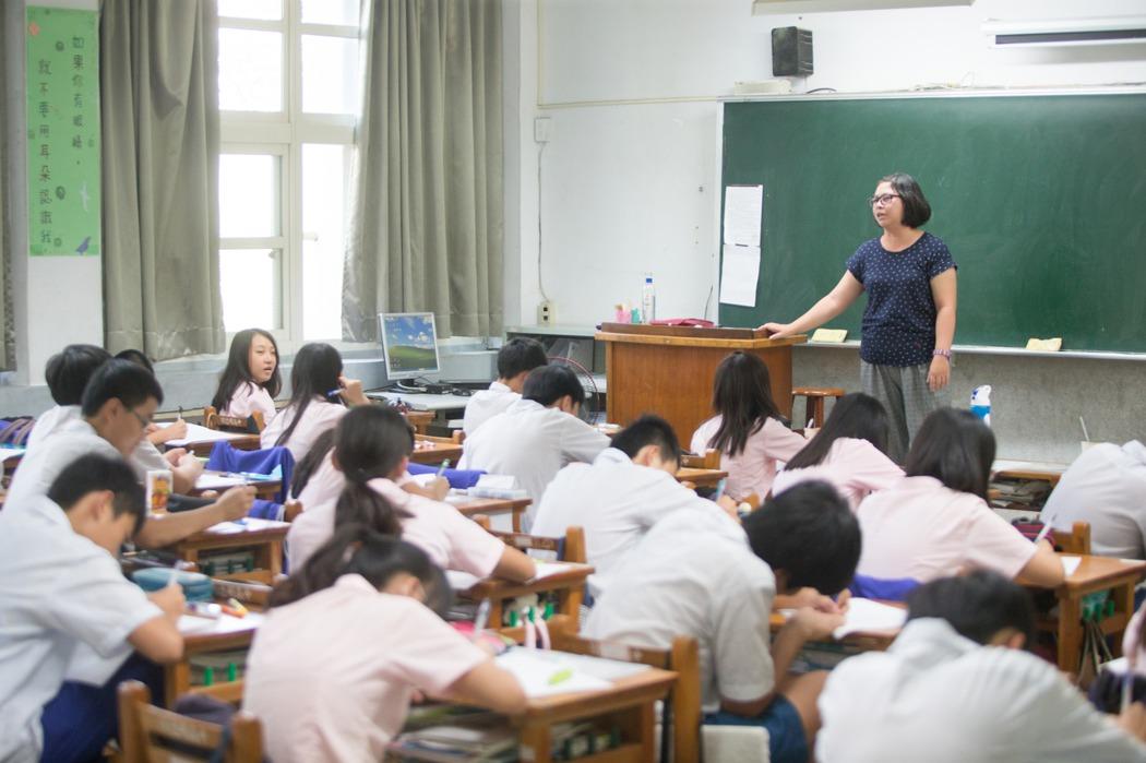 誰想當學校行政?以前擠破頭,現在避之唯恐不及