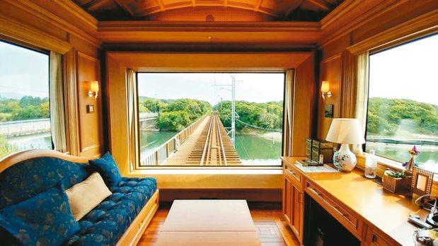 豪華套房701,是全世界豪華列車中唯一獨佔車尾景致的列車最大套房。 圖/梁旅珠