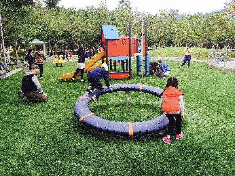 南港區中研公園遊戲場。圖/北市公園處提供