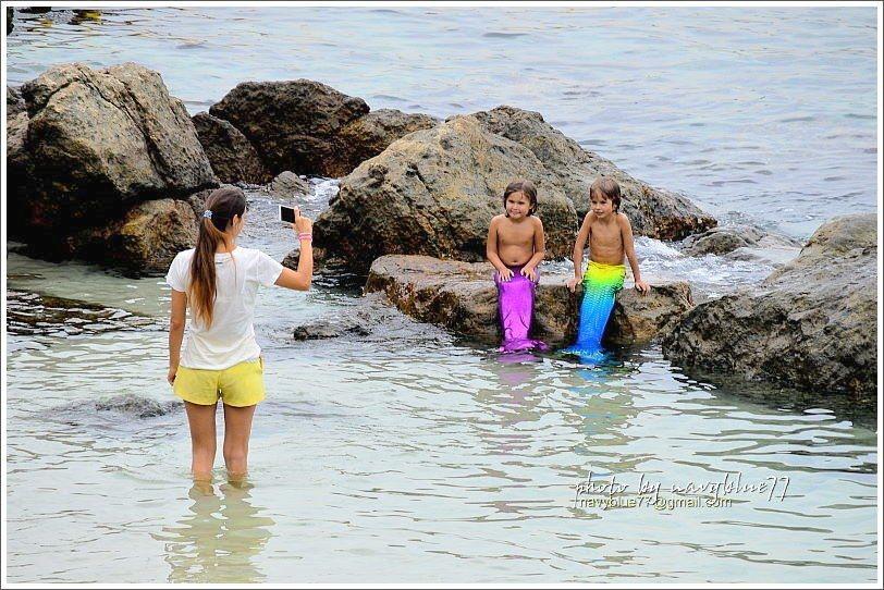 ↑布魯在廈門灣南端發現兩隻可愛的美人魚!
