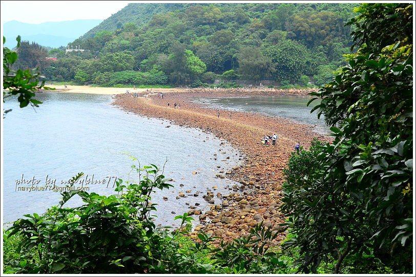 ↑由橋頭島較高位置俯瞰連島沙洲,已經完全浮出水面。