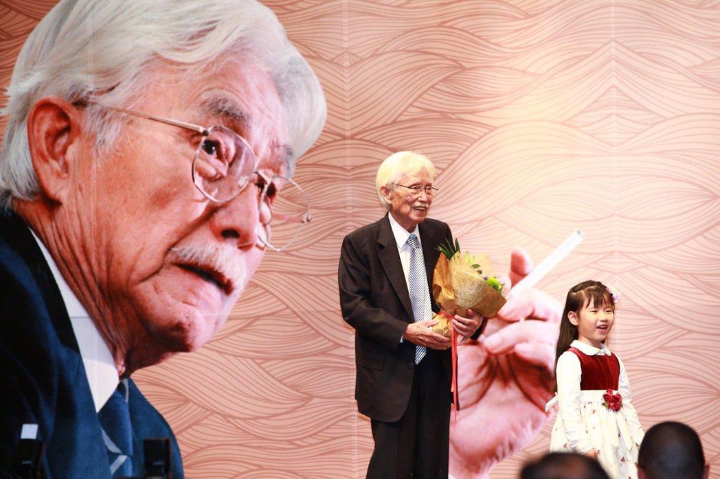 2015年,辜寬敏先生舉辦90歲祝壽宴席,許下台灣獨立、中國國民黨變台灣國民黨、...