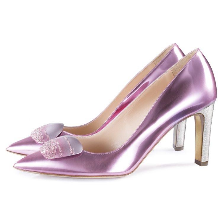 全新Shadow系列粉紅鞋款,售價26,800元。圖/R • SANDERSON...
