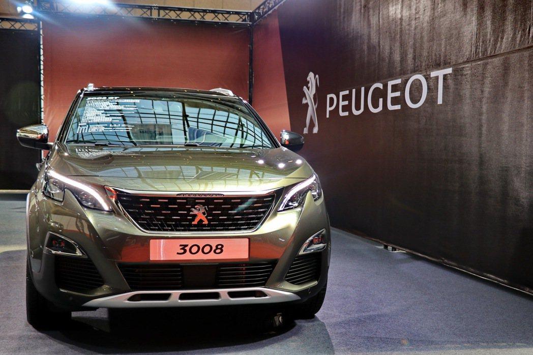 全新大改款的Peugeot 3008 GT首度在台亮相。 記者陳威任/攝影