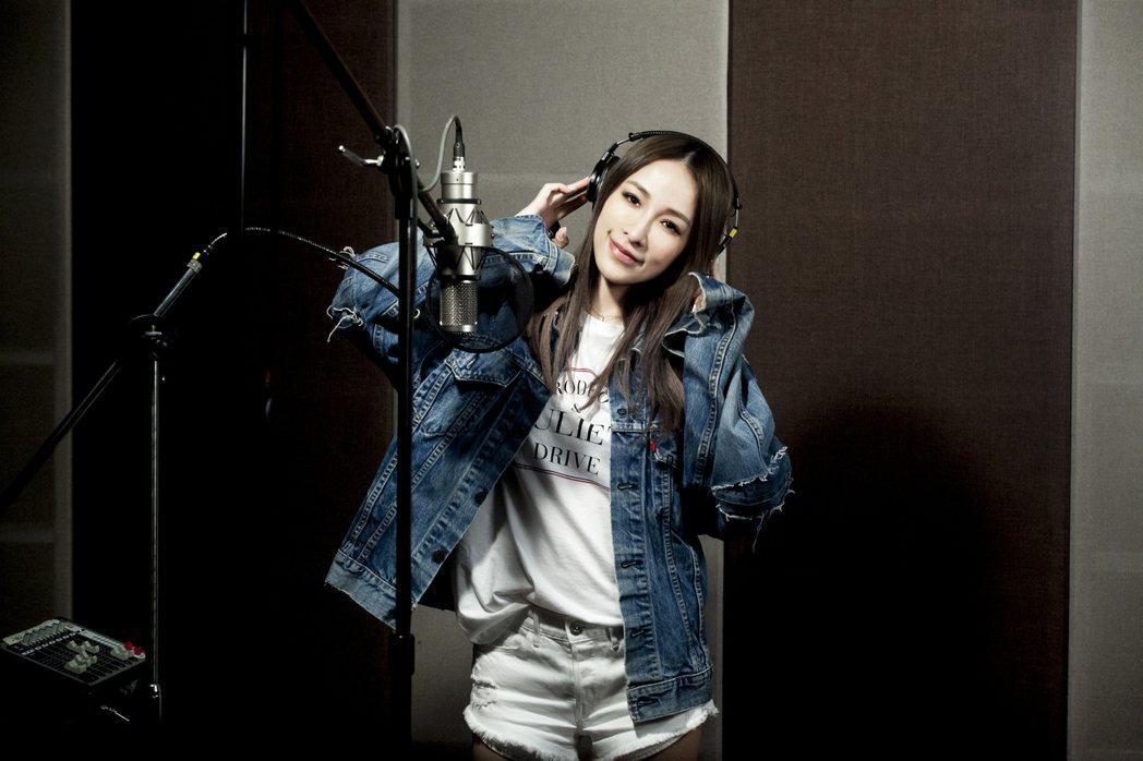 Elva正式專輯前,先出單曲撫慰歌迷。圖/天地合提供