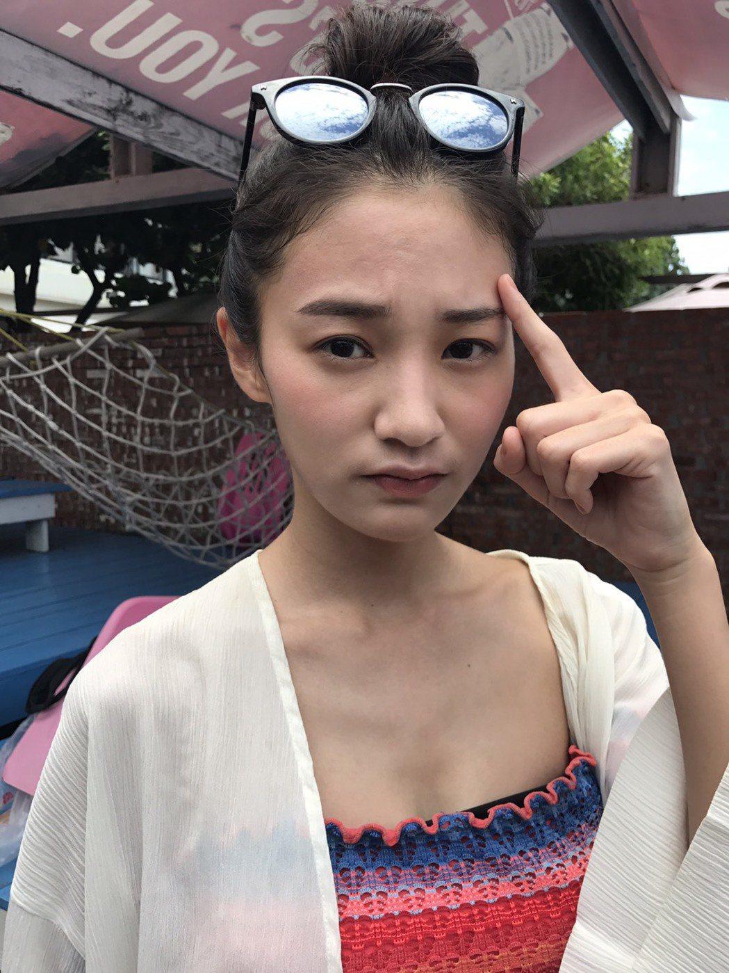 王顗婷用了防曬品,臉部卻大過敏。圖/民視提供