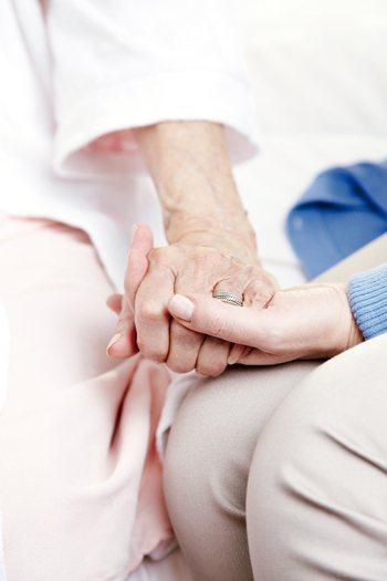 當醫療技術不斷進步,「求個好死」已是長壽的現代人更終極的企盼。