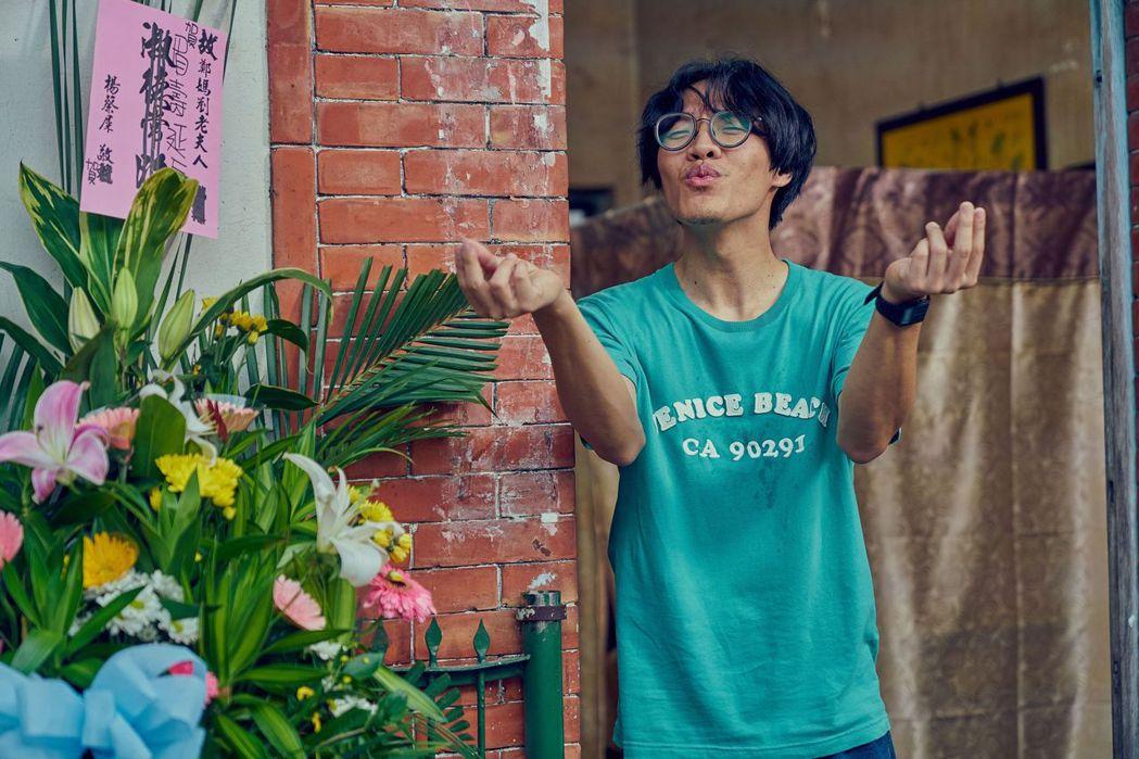 盧廣仲在「花甲男孩轉大人」中,充分發揮天生喜感。圖/台視提供