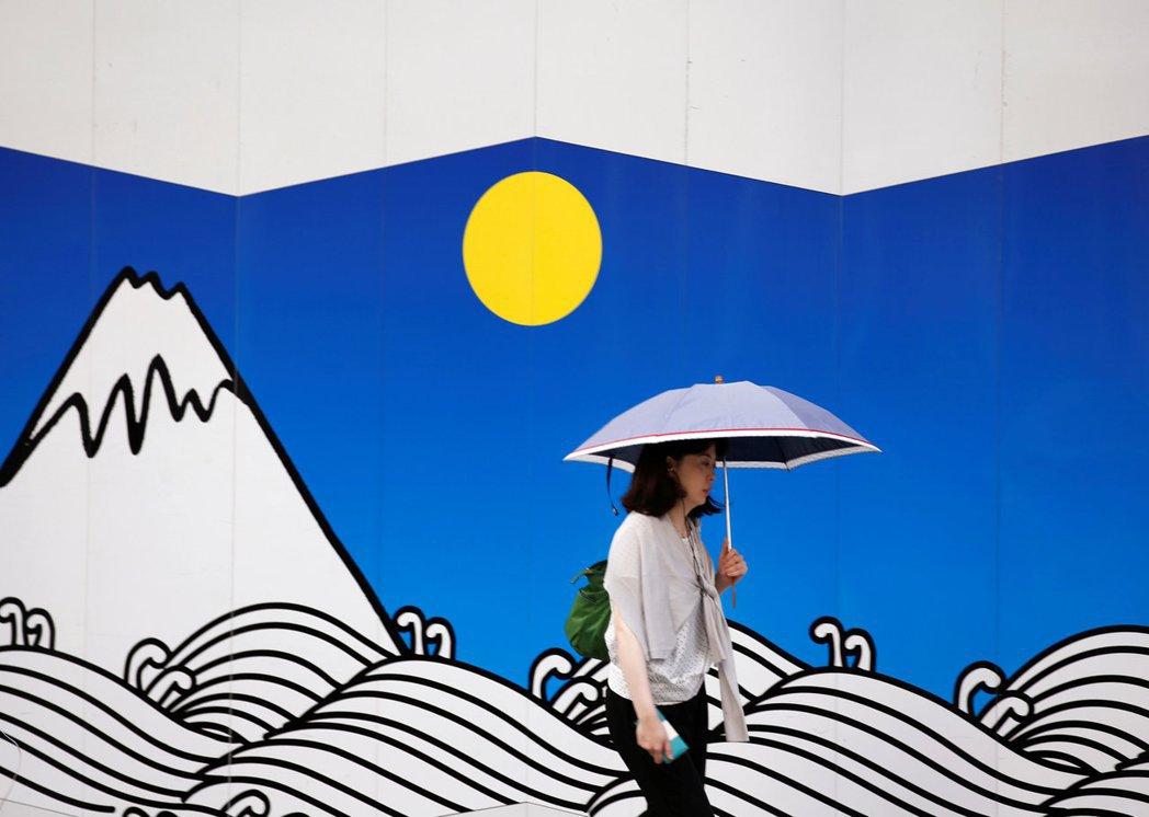 日本經濟問題核心——通貨緊縮環境的陰霾,其實沒有消失。 圖/路透社