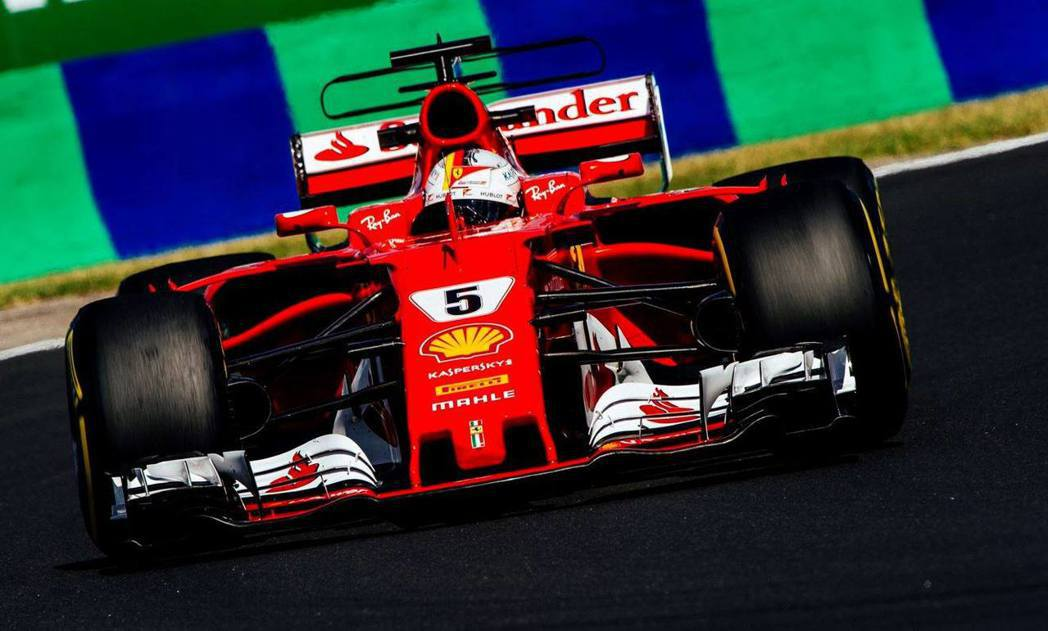 「紅軍」法拉利車隊在匈牙利分站包辦一、二名。 摘自 F1