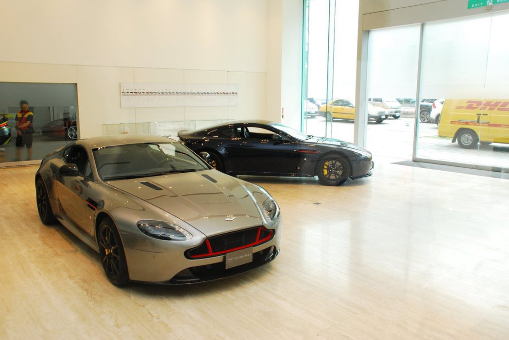 Aston Martin Vantage S Red Bull Racing Edition。記者林昱丞/攝影