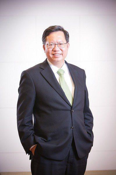 桃園市長鄭文燦認為,桃園市在發展智慧城市的優勢在於,其可掌握數位經濟快速推展的國...
